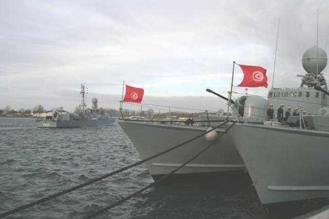 موسوعة الجيش التونسي  8310