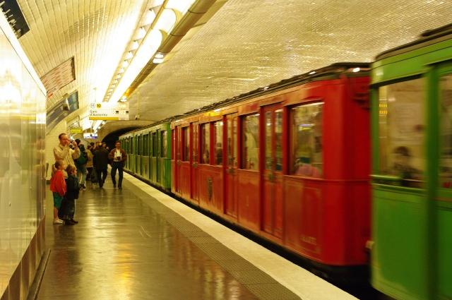 [Photos à thème] Le métro sous un autre angle... Imgp2713