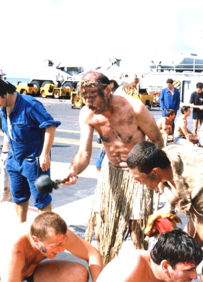 [ Les traditions dans la Marine ] LE PASSAGE DE LA LIGNE - ÉQUATEUR (Sujet unique) - Page 8 1988_023