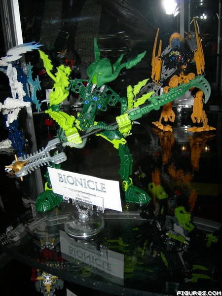 [Sets] Premières Images du Toy Fair 2009 - Page 6 Vastus13
