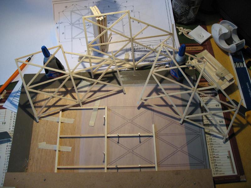Construction d'une tribune sur ossature.... 0811