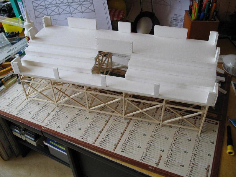 Construction d'une tribune sur ossature.... 1310