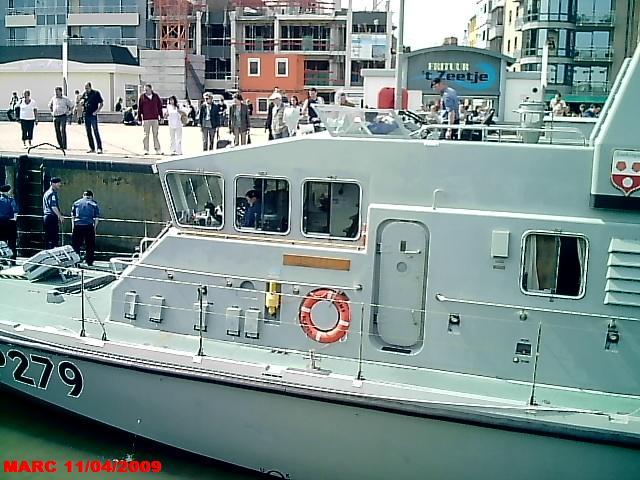 patrouilleurs de la Royal Navy en visite à Ostende 50400011