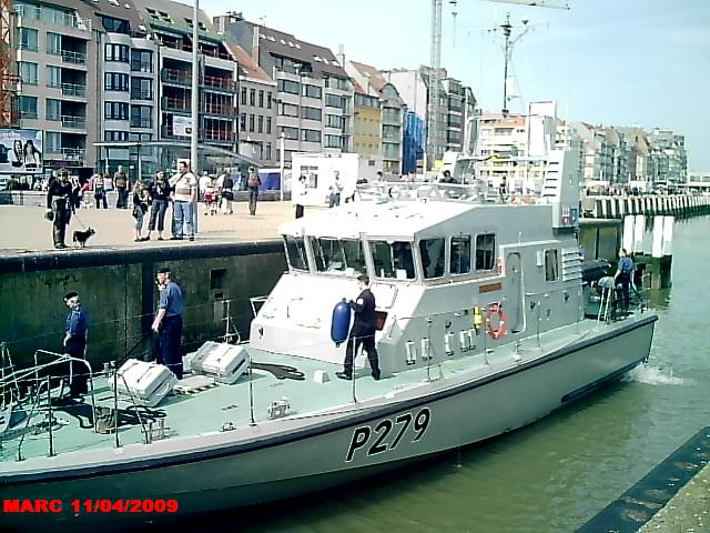patrouilleurs de la Royal Navy en visite à Ostende 50400013