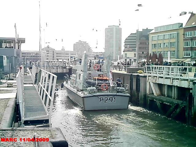 patrouilleurs de la Royal Navy en visite à Ostende 50400014