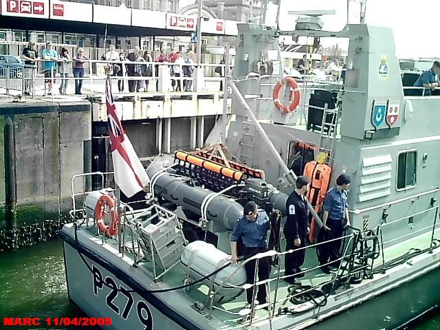 patrouilleurs de la Royal Navy en visite à Ostende 50400015