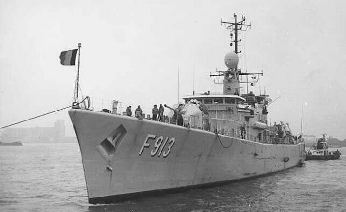 Photos du F913 Westhi12