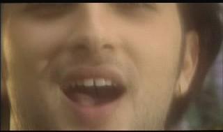 Tarkan's teeths...??? Bscap110