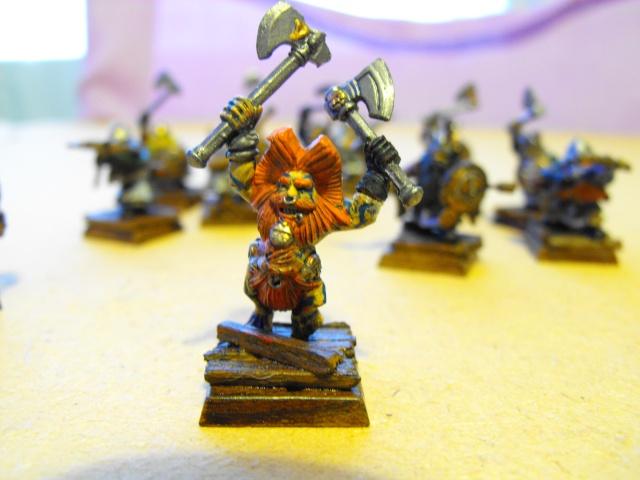 My dwarfs finally! Dscf0112