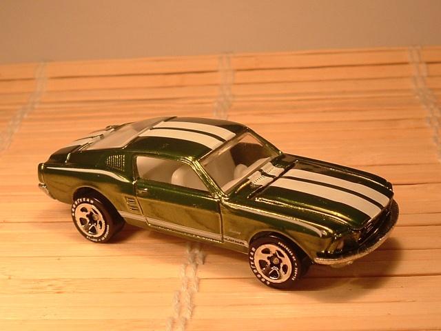 # 19 1968 MUSTANG   serie 1 Dscf7223