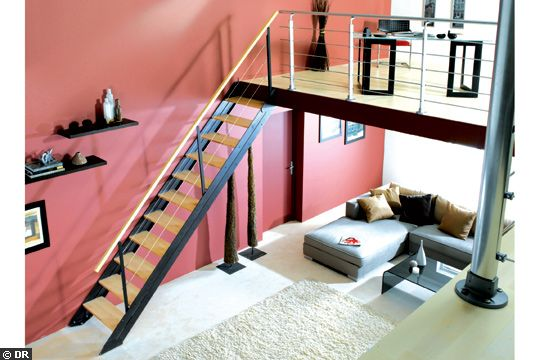 aide pour deco entrée maison et montée d'escalier 17411