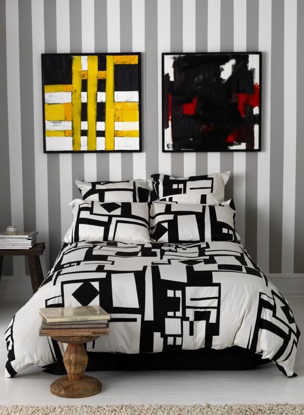 demande de conseil pour décorer une chambre rouge et noire a Colage10