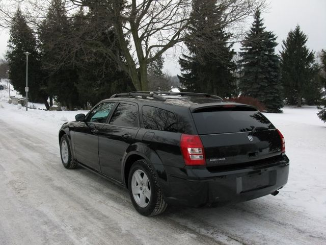 My New Ride-2005 3.7L High Output V6 Dodge Magnum Torsky12