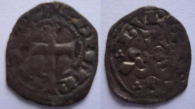 Obole ou maille bourgeoise pour Philippe IV le bel. 117
