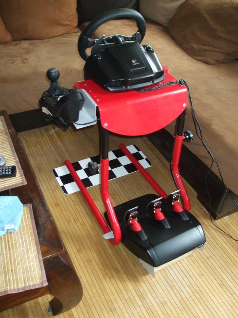 A vendre G25 avec support Race desk Dscf1512
