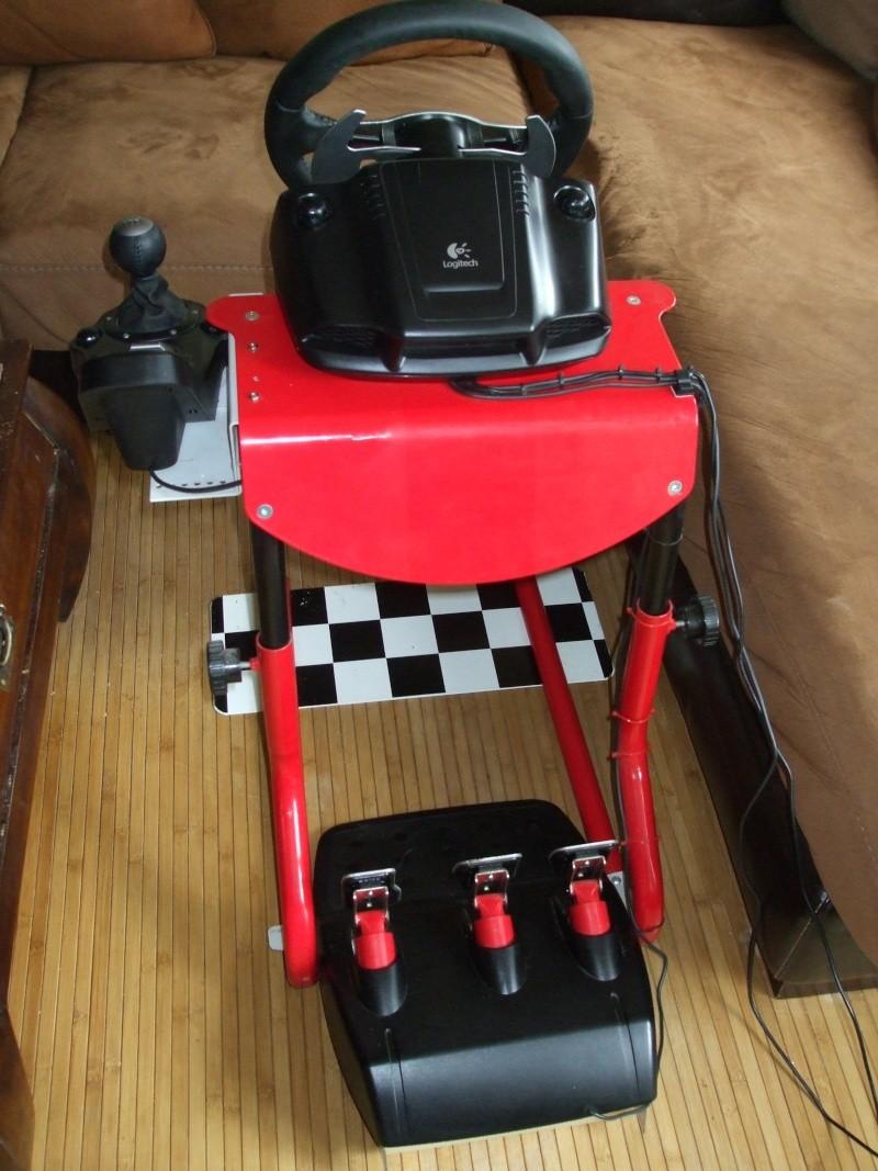 A vendre G25 avec support Race desk Dscf1513