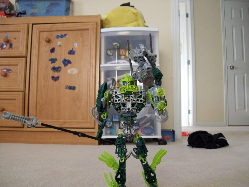 Bionicle: Toa lekama!! voiced by: xxxHeroOfTimexxx (youtube) 100_0111