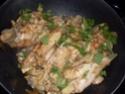 ailerons de dinde  à la sauce madére & champignons Recett13