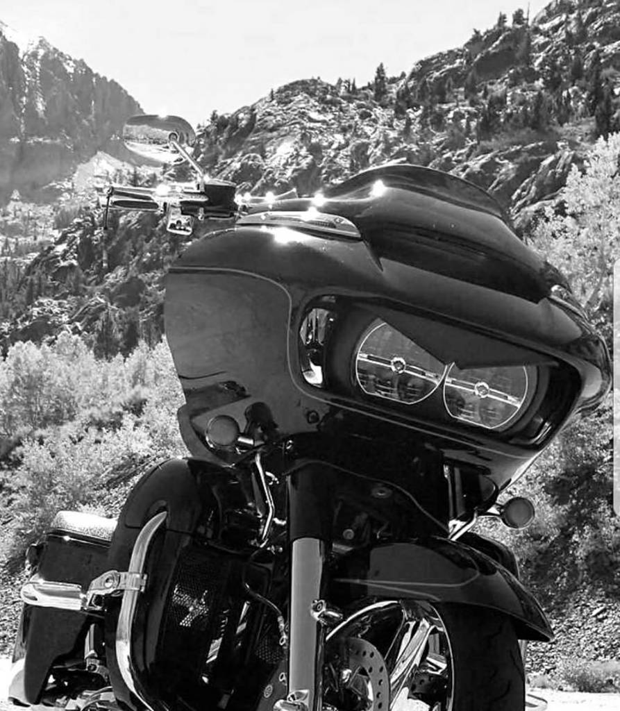 ROAD GLIDE uniquement - Page 41 7a4d6410