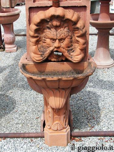 La fontana 1724-110