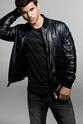 Taylor Lautner Entert10