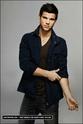 Taylor Lautner Entert12