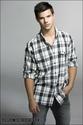 Taylor Lautner Entert18