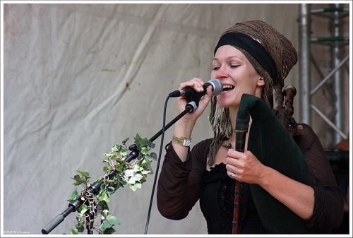 Faun est un groupe de musique allemand de style pagan folk/médiéval 26687910