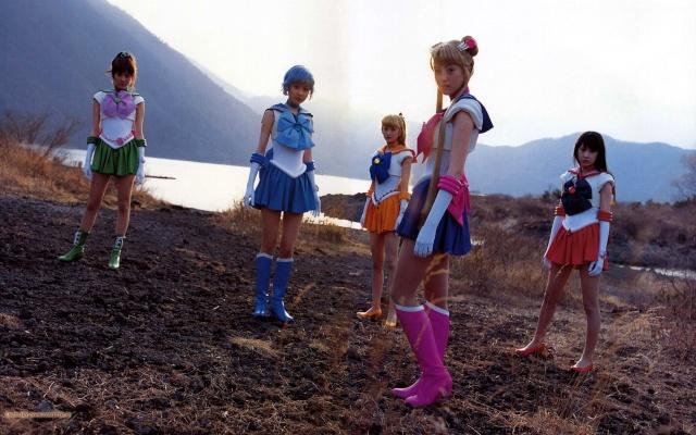 Sailor Moon cobra vida... Sailor10