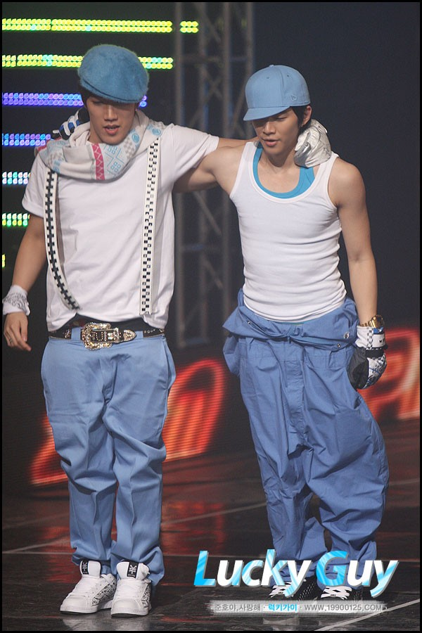 Jun'Brothers [Junsu x Junho]  418