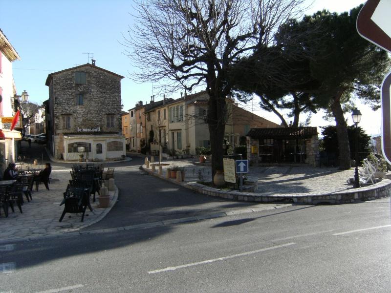 Alpes-Maritimes 4: Cabris Cabris83