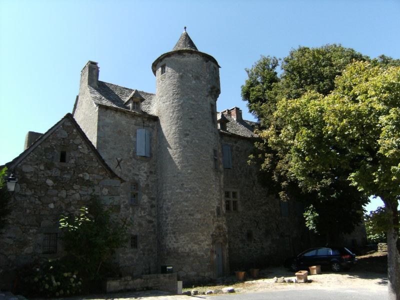 Lunac, village de l'Aveyron Dscf0112