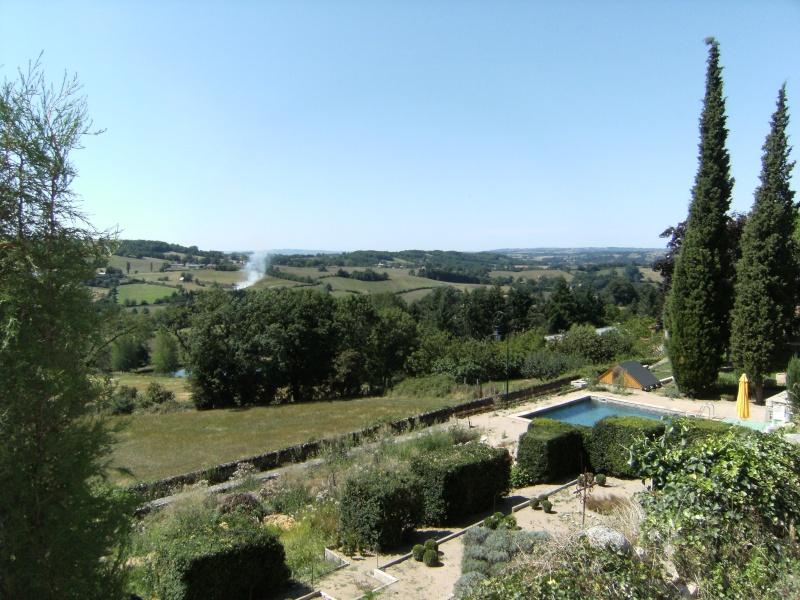 Lunac, village de l'Aveyron Dscf0121