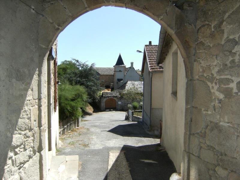 Lunac, village de l'Aveyron Dscf0211