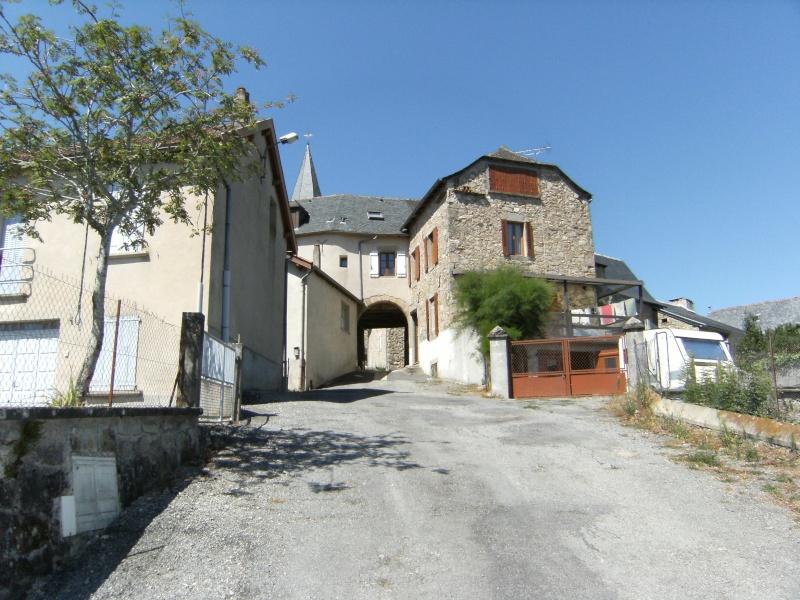 Lunac, village de l'Aveyron Dscf0212