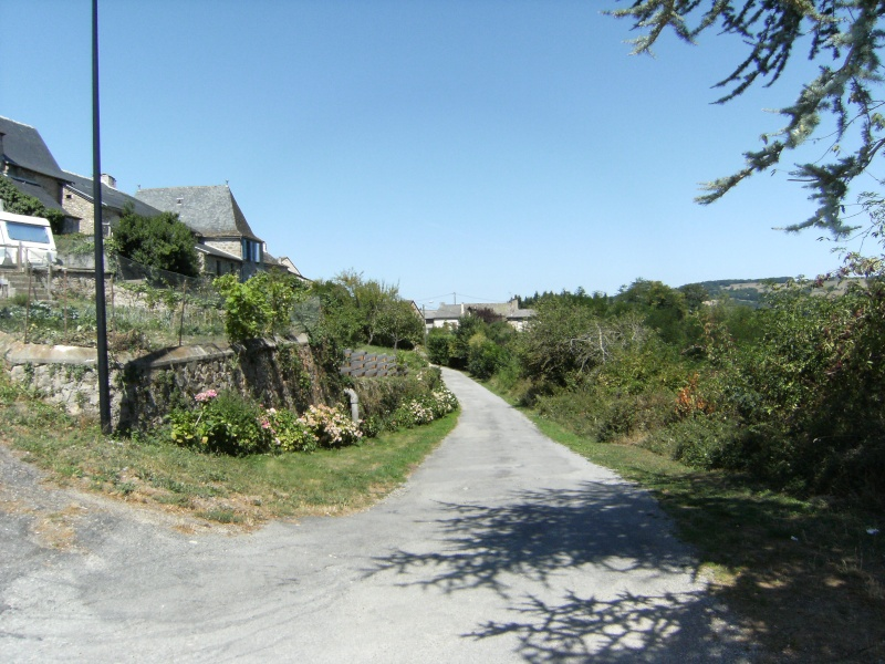 Lunac, village de l'Aveyron Dscf0213