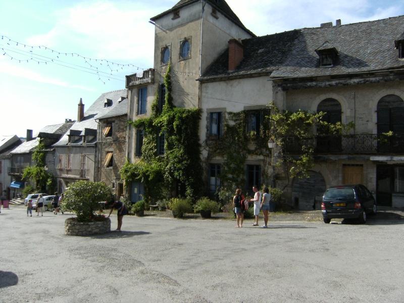 Najac, commune touristique de l'Aveyron Dscf0219