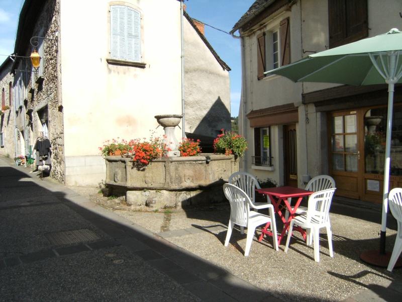 Najac, commune touristique de l'Aveyron Dscf0222
