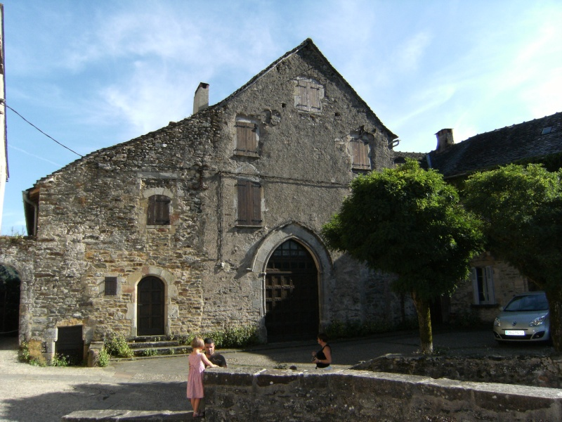 Najac, commune touristique de l'Aveyron Dscf0226