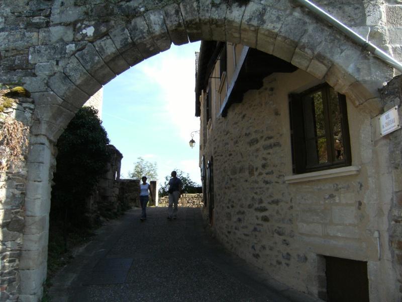 Najac, commune touristique de l'Aveyron Dscf0227