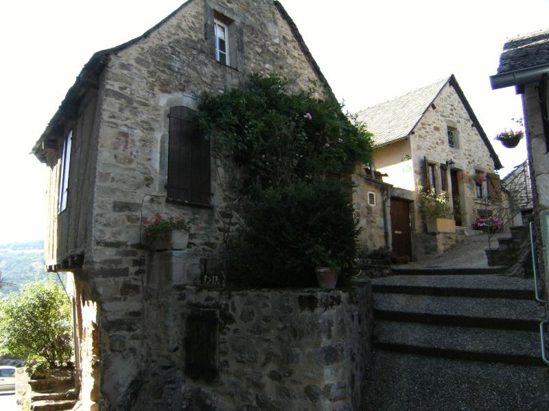 Najac, commune touristique de l'Aveyron Dscf0242