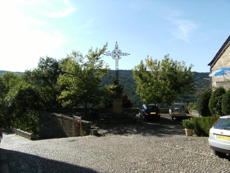 Najac, commune touristique de l'Aveyron Dscf0244