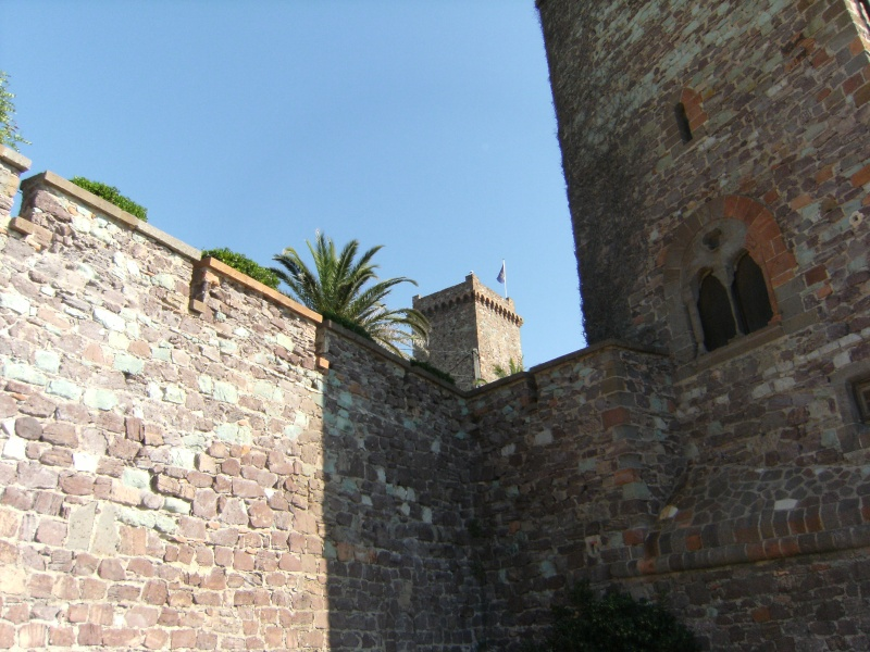 Alpes-Maritimes 3: Mandelieu-la-Napoule, le château Dscf0260
