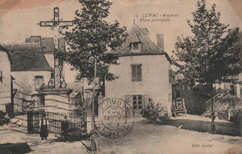 Lunac, village de l'Aveyron Lunac_15