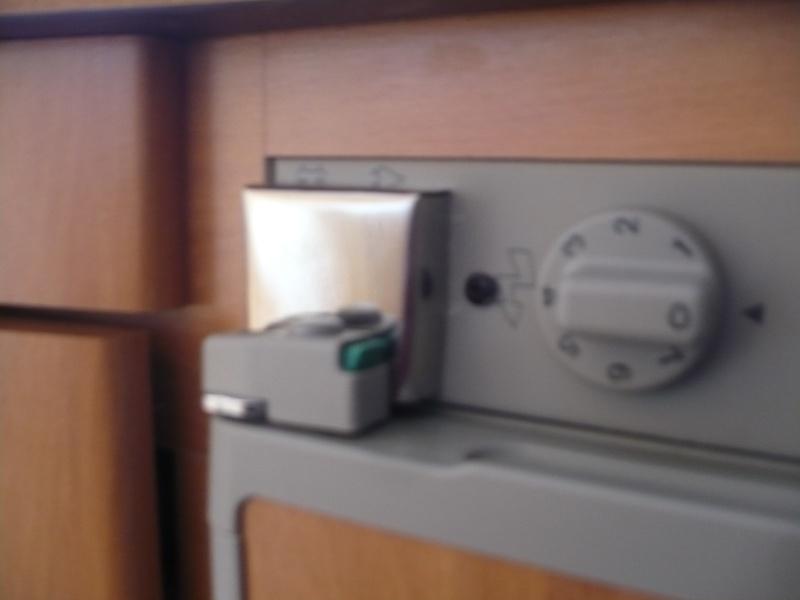 Cache pour voyant frigidaire P1000911