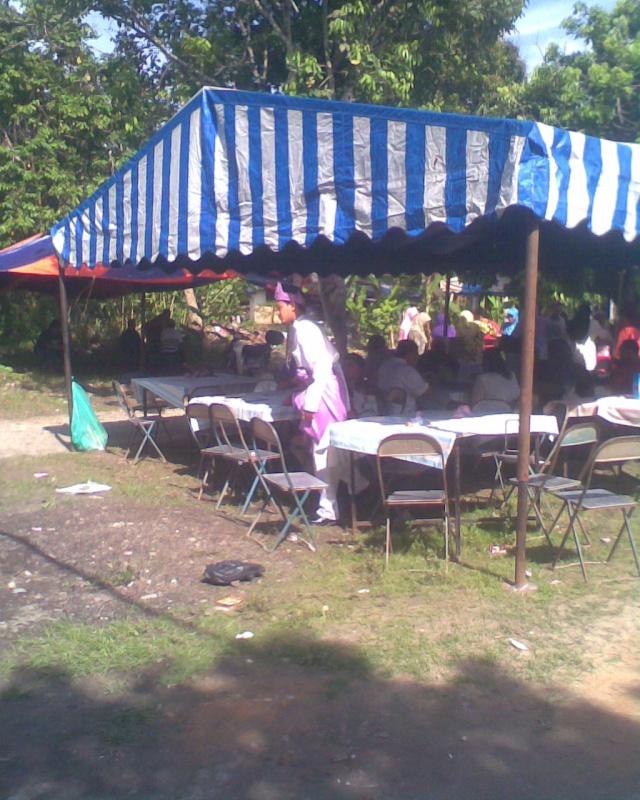 Jemputan majlis perkahwinan wan kangkung...16.5.2010 - Page 2 Image025
