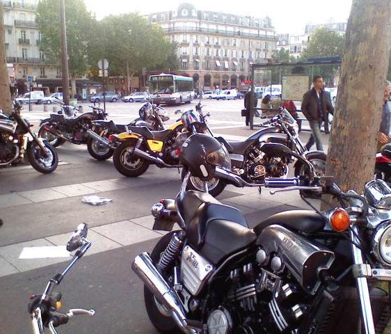 RDV. Bastille le 04 Juin 2010. P0406112