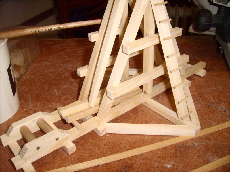 Trebuchet in 1/25 aus Holz Lpic3926