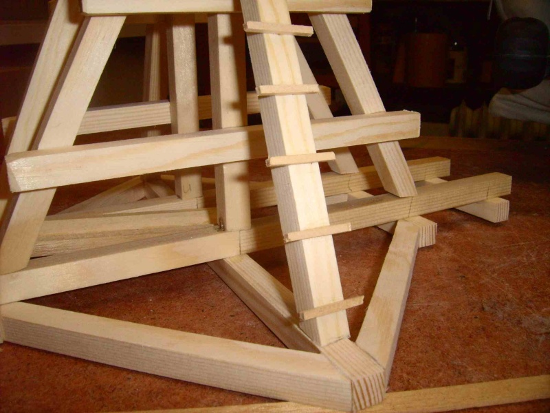 Trebuchet in 1/25 aus Holz Lpic3927