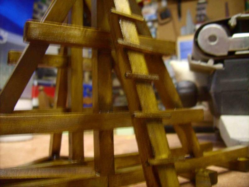 Trebuchet in 1/25 aus Holz Lpic4013